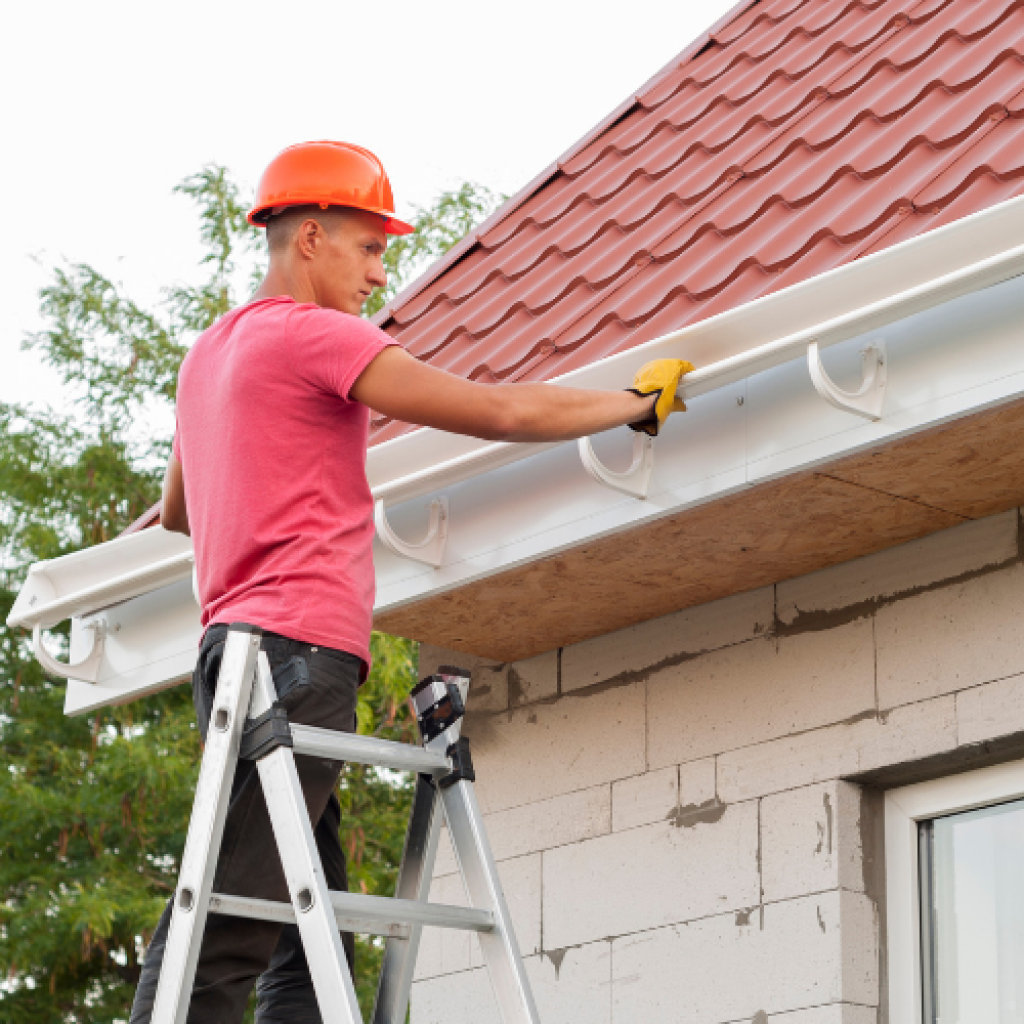 When To Replace Your Home's Gutters With UPVC Guttering