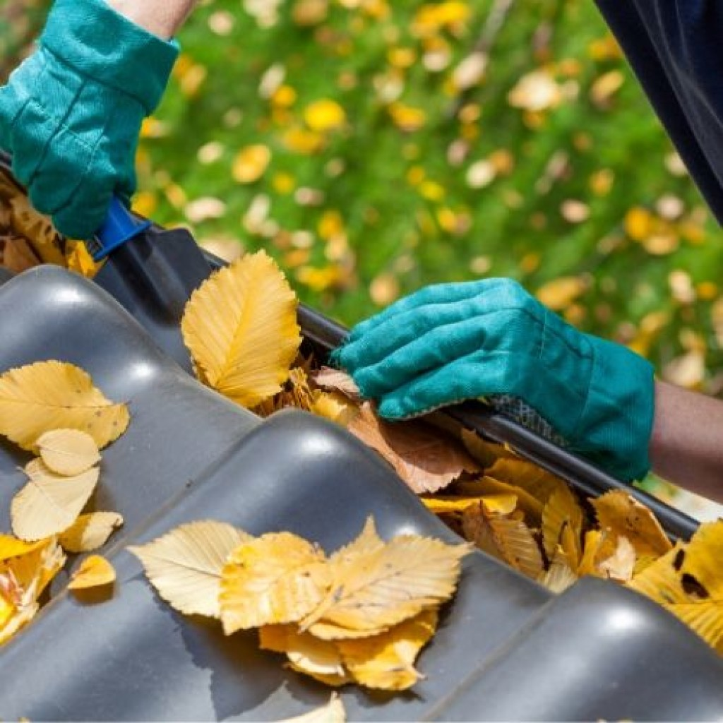 Can You Paint Guttering?